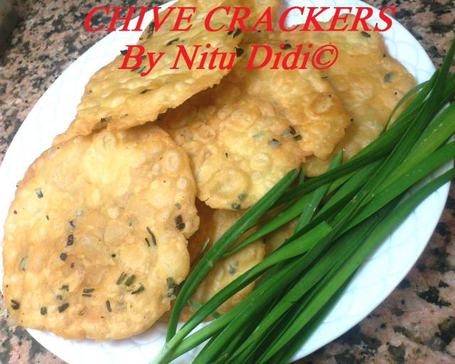 CHIVE CRACKERS